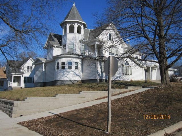 203 N WALNUT Street, AVOCA, IA 51521
