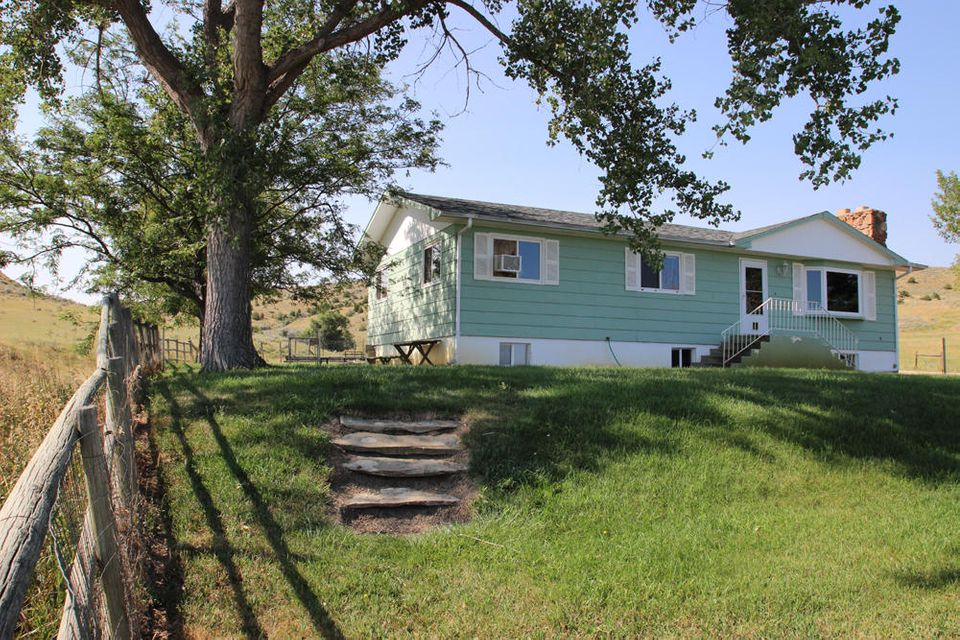 506 Wildcat Road, Sheridan, WY 82801