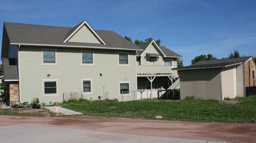 305 W 3rd Avenue, Ranchester, WY 82839