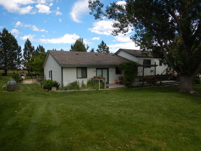 44 Piper Road, Sheridan, WY 82801