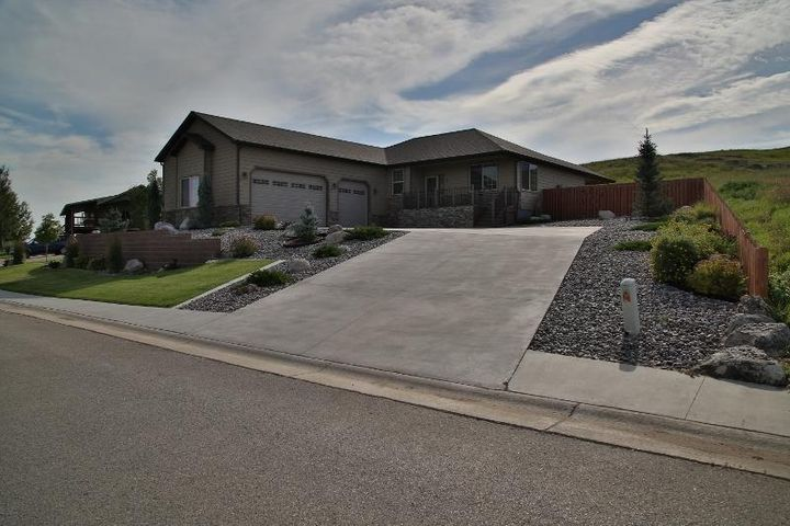 8 Black Mountain Drive, Dayton, WY 82836