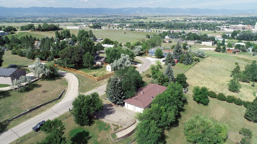 53 Valley View Drive, Sheridan, WY 82801