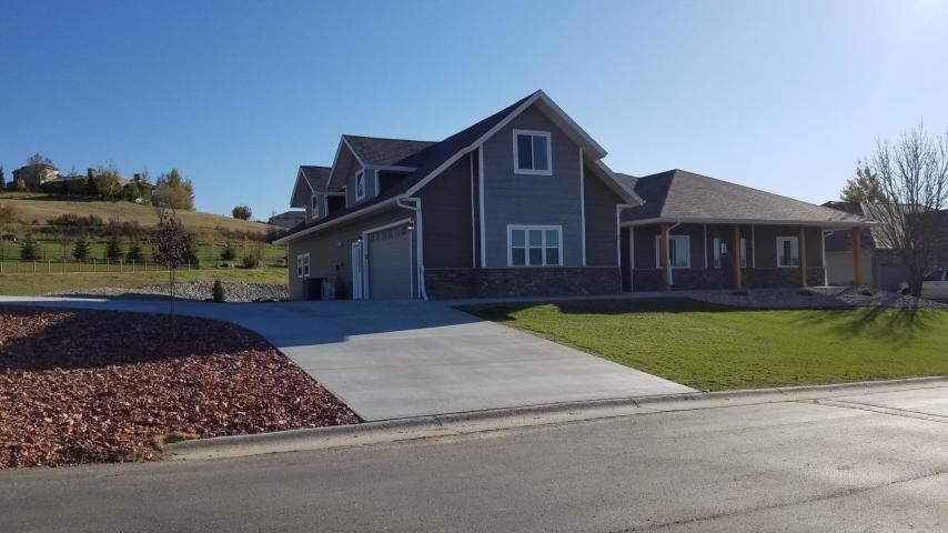 2 Wagon Wheel Court, Sheridan, WY 82801