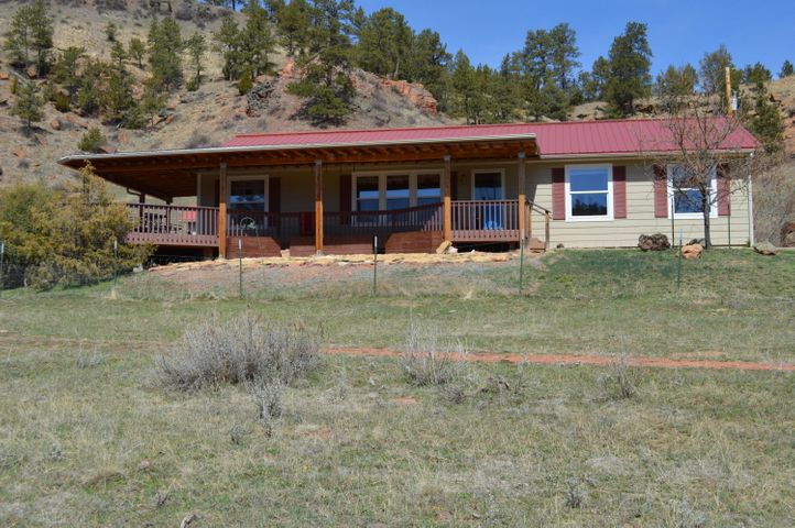 2 Recluse Hills Road, Recluse, WY 82725