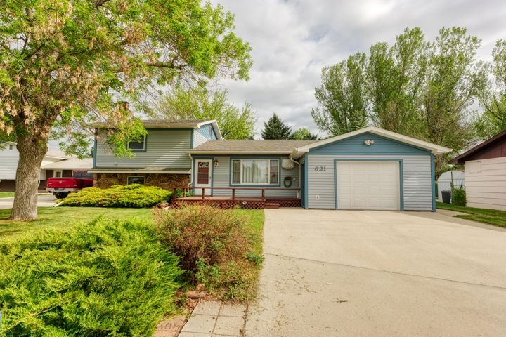 621 Betty Street, Ranchester, WY 82839