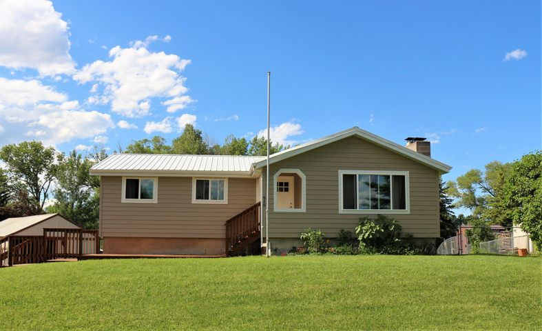 616 Brookside Place, Dayton, WY 82836