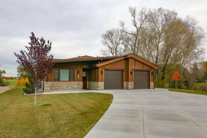 17 Creekside Lane, Sheridan, WY 82801