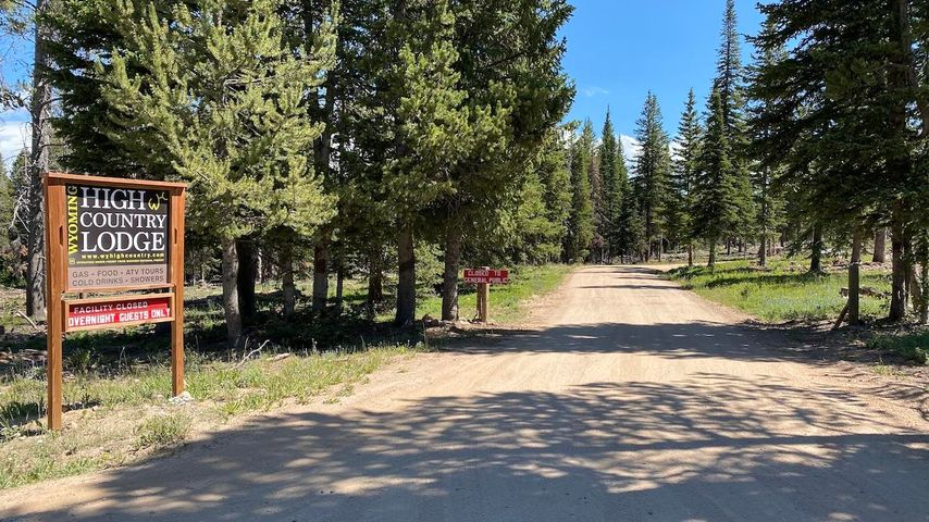 13 Forest Service Road, Lovell, WY 82431