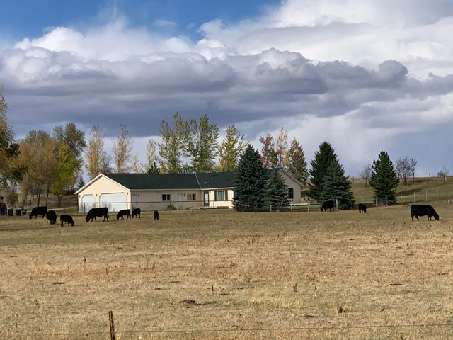 11 Pompey Creek Road, Banner, WY 82832