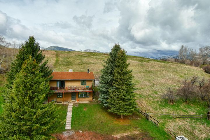48 Fischer Drive, Story, WY 82842