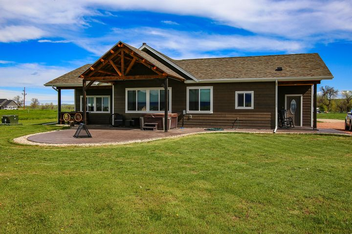 19 Five Mile Extension, Ranchester, WY 82839