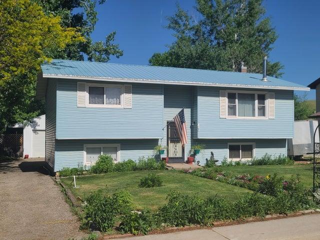 803 Broadway Avenue, Dayton, WY 82836
