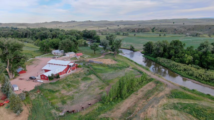 1718 St Hwy 345, Ranchester, WY 82839