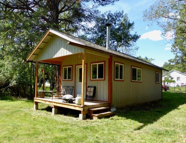 Cute Getaway Cabin