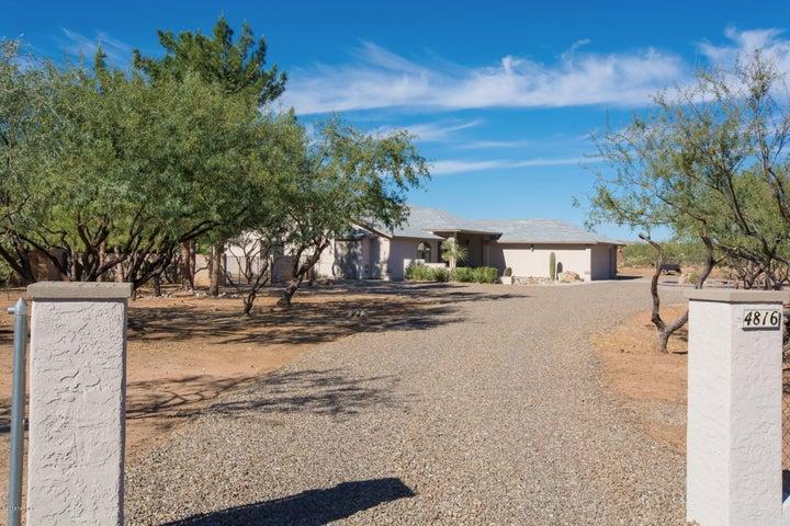 4816 E Wagon Train Road, Catalina, AZ 85739