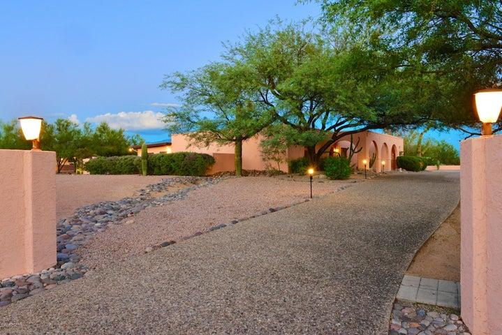 2320 W Magee Road, Tucson, AZ 85742