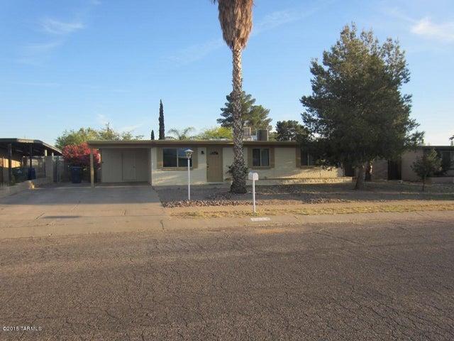 7646 E Apple Tree Drive, Tucson, AZ 85730
