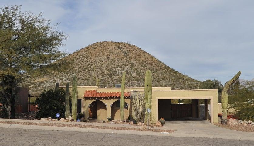 2870 W Desert Crest Drive, Tucson, AZ 85713