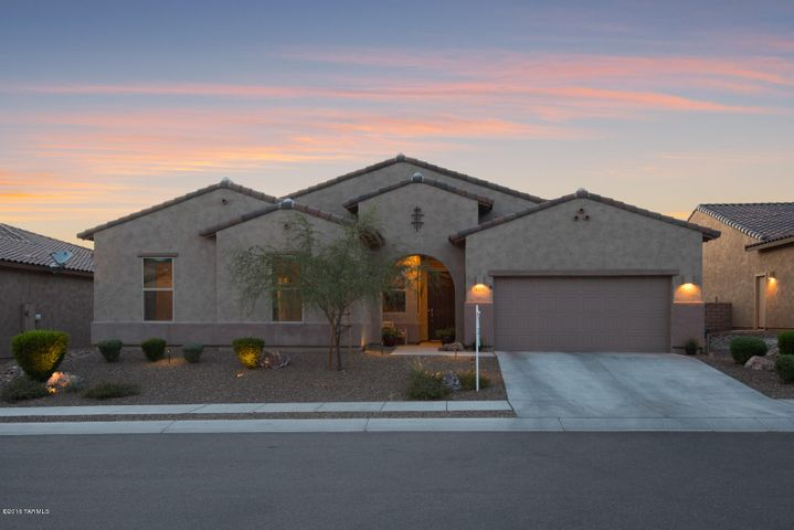 4270 W Summit Ranch Place, Marana, AZ 85658