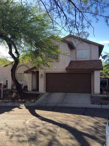 8165 N Streamside Avenue N, Tucson, AZ 85741