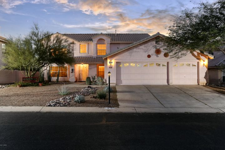 Spacious home in the heart of Oro Valley