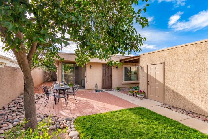 3425 N Nandina Lane, Tucson, AZ 85712