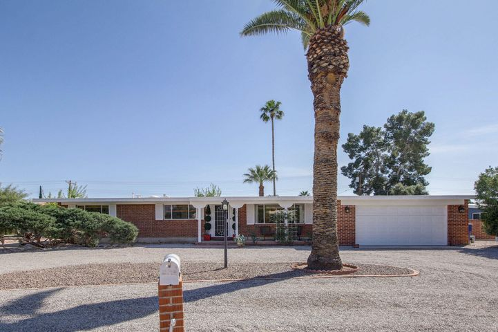 5856 E South Wilshire Drive, Tucson, AZ 85711