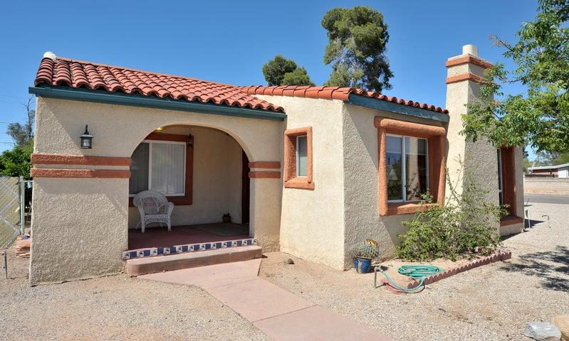 4067 E Camino de Palmas, Tucson, AZ 85711