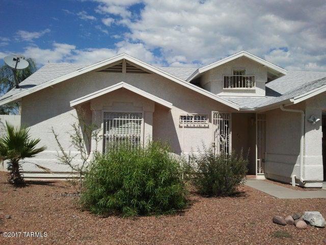 8200 S Placita Del Barquero, Tucson, AZ 85747