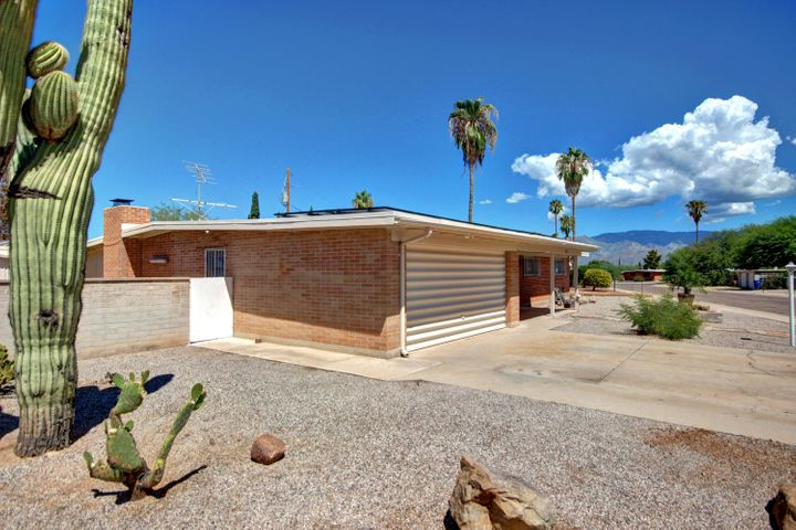 120 S Monitor Place, Tucson, AZ 85710