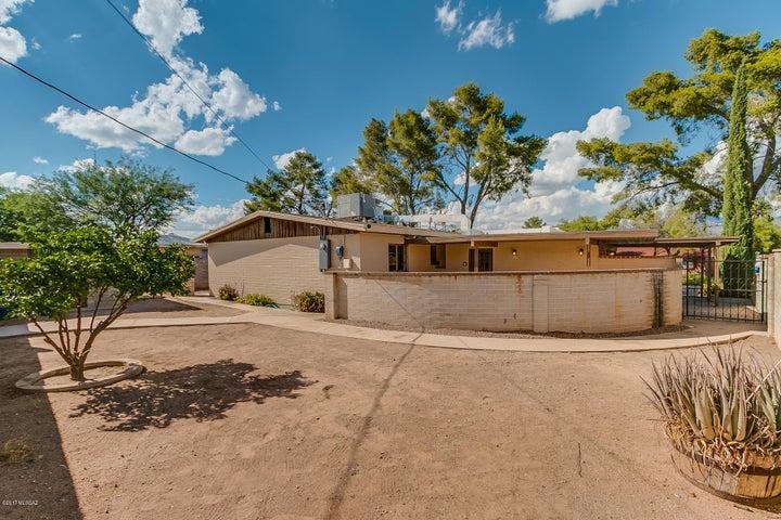 7326 E Placita Antigua, Tucson, AZ 85710