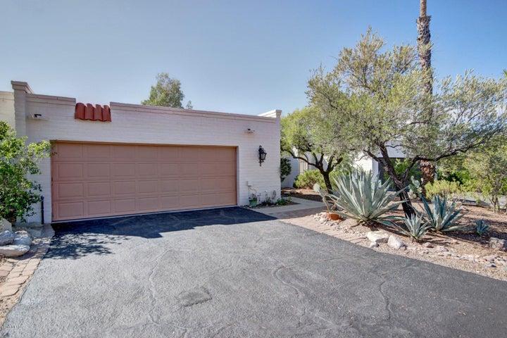 4732 E Brisa Del Sur, Tucson, AZ 85718