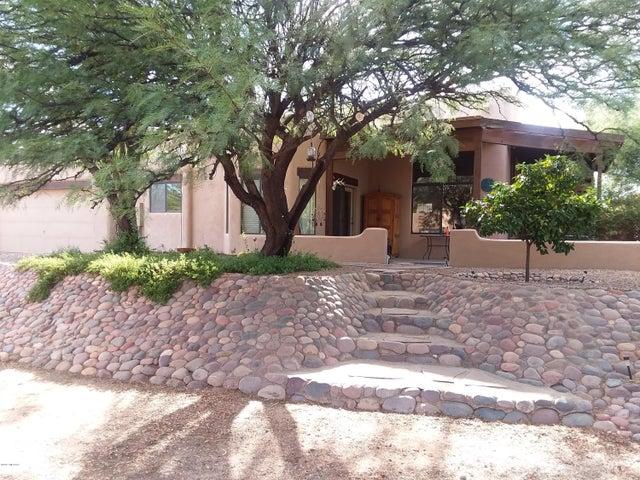 2820 W Gymkhana Way, Tucson, AZ 85742