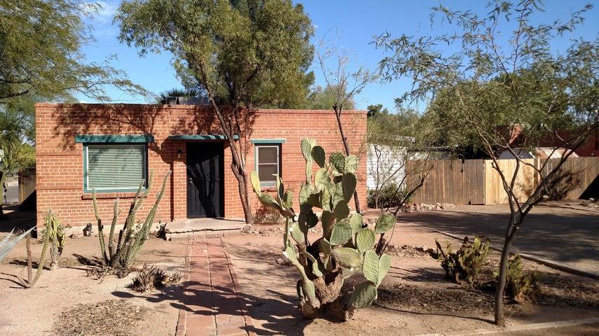 1432 N Howard Boulevard, Tucson, AZ 85716