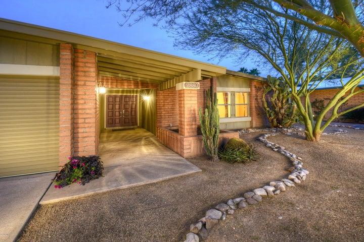 2880 N ESSEL Drive, Tucson, AZ 85715