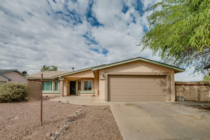 5730 S Mahan Drive, Tucson, AZ 85746