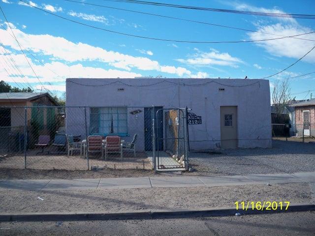 2126 S 8th Avenue, Tucson, AZ 85713