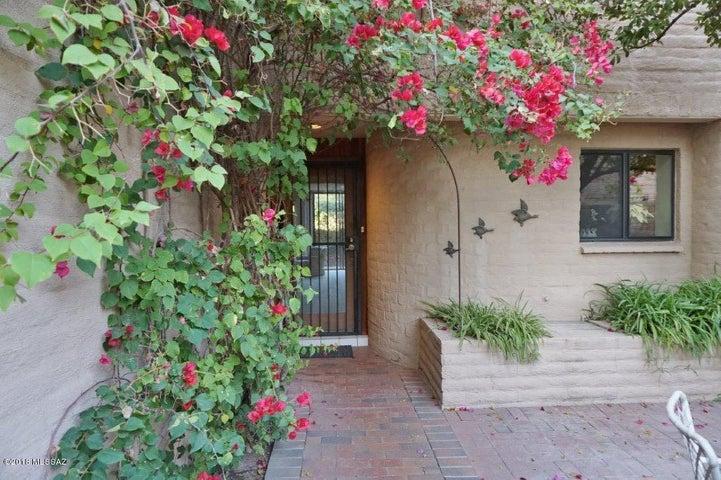 2881 E Sierra Vista Road, Tucson, AZ 85716
