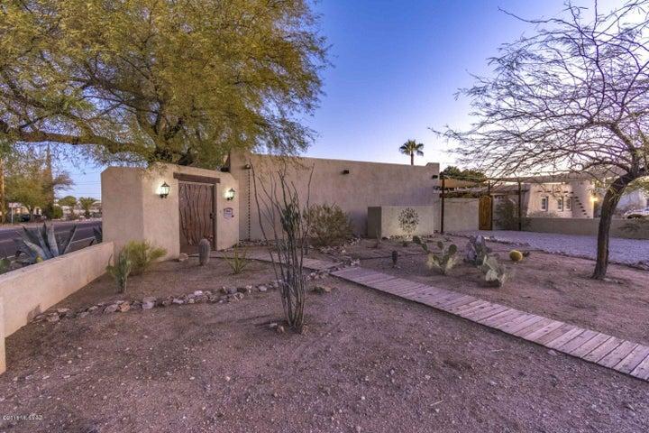 3501 E Elida Street, Tucson, AZ 85716
