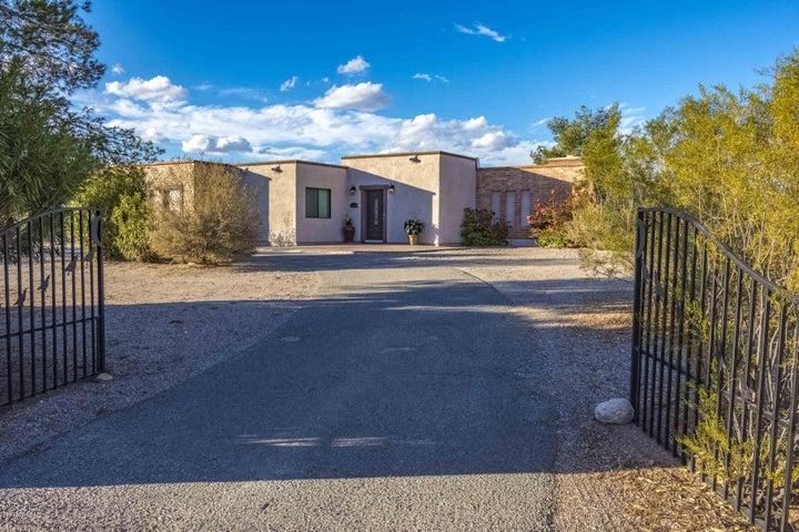 1020 W Cool Drive, Tucson, AZ 85704