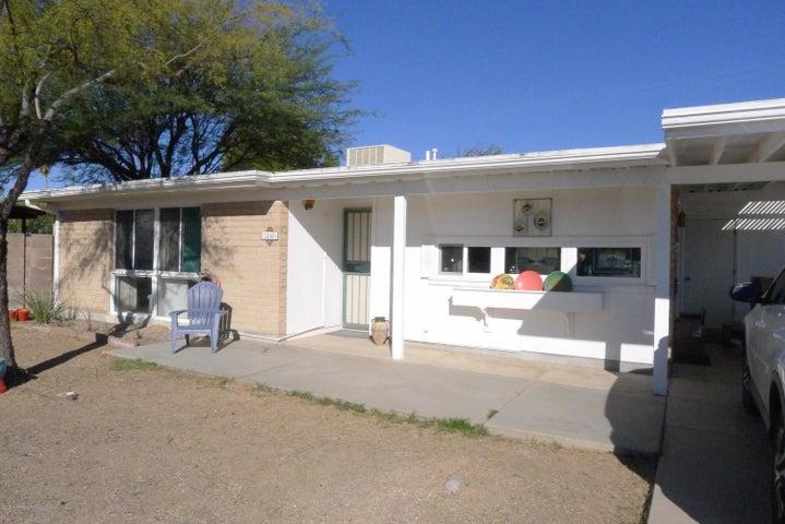 1545 N Camino Seco, Tucson, AZ 85715
