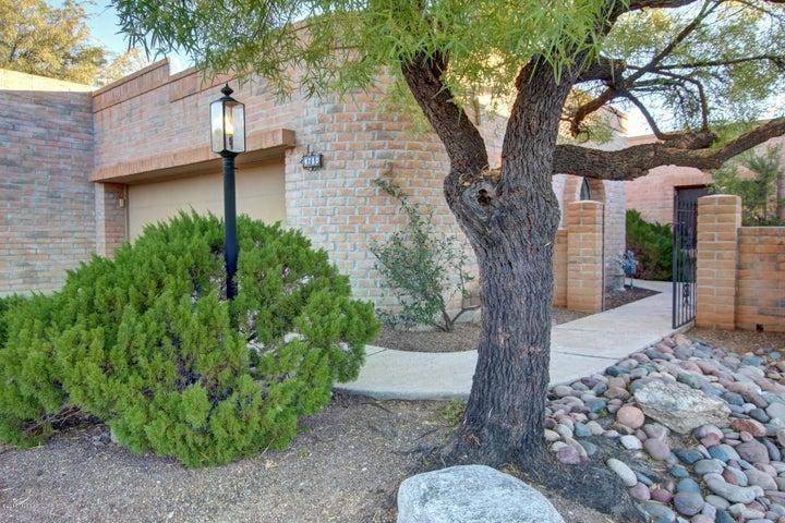 4710 N Camino Campero, Tucson, AZ 85750