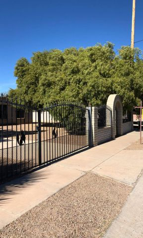 5602 S Bryant Avenue, Tucson, AZ 85706