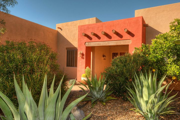 4974 N Placita Borboa, Tucson, AZ 85749