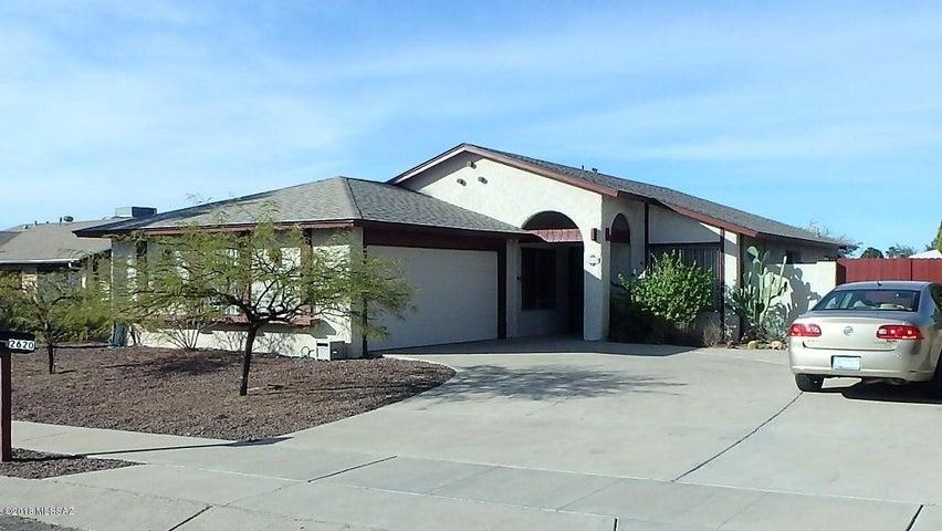 2620 S Pace East Drive, Tucson, AZ 85730