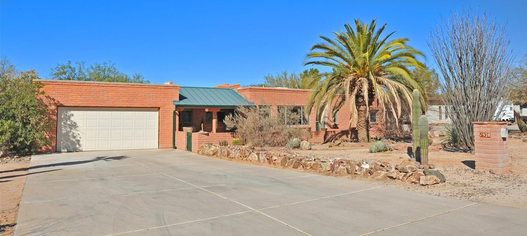 1928 W Paseo Cuenca, Tucson, AZ 85704