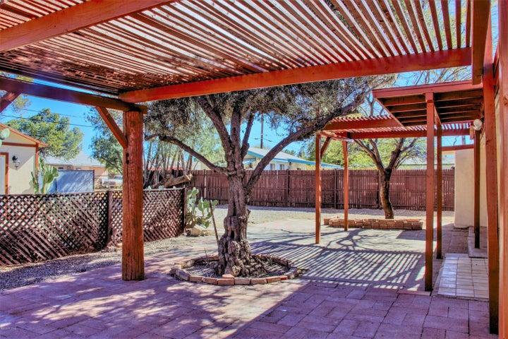 2526 N Orchard Avenue, Tucson, AZ 85712
