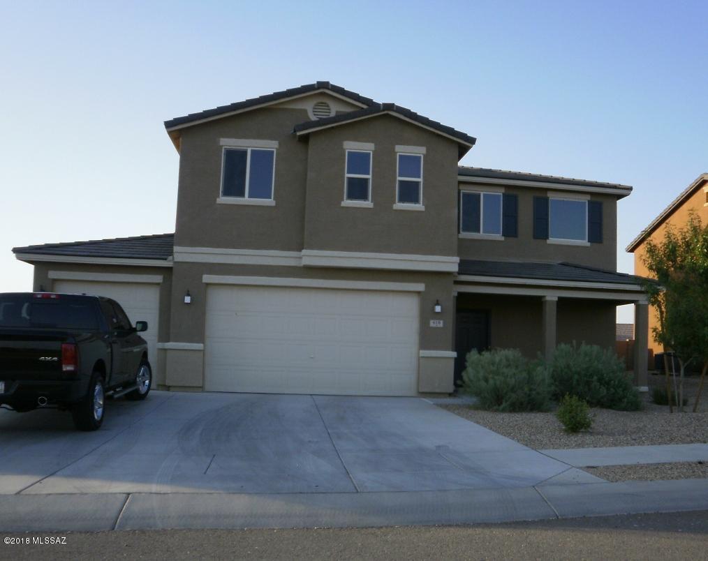 618 W Charles L McKay Street, Vail, AZ 85641