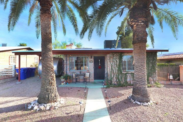 1322 E Spring Street, Tucson, AZ 85719