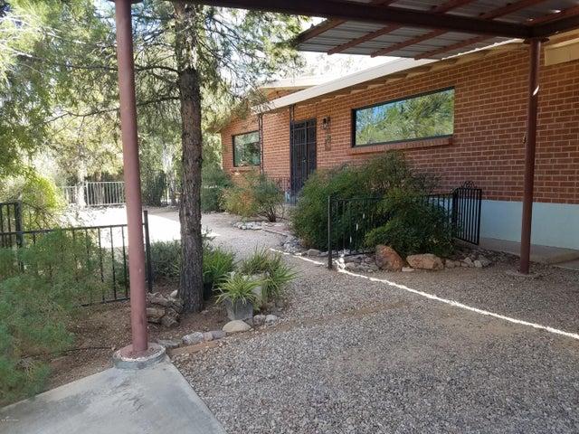 6960 E Redbud Road, Tucson, AZ 85715